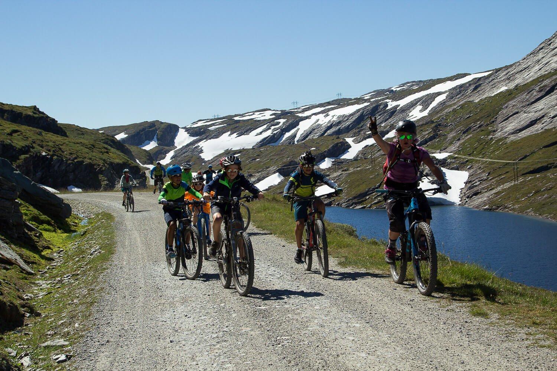 Mountain Biking Fjell til Fjord Outdoor Norway 18