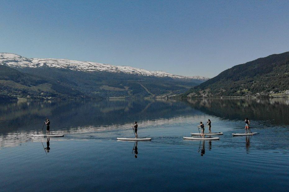 sup lake paddling in norway