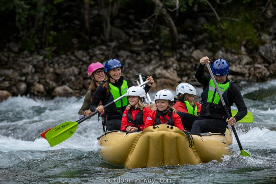 autumn holiday family rafting in Voss