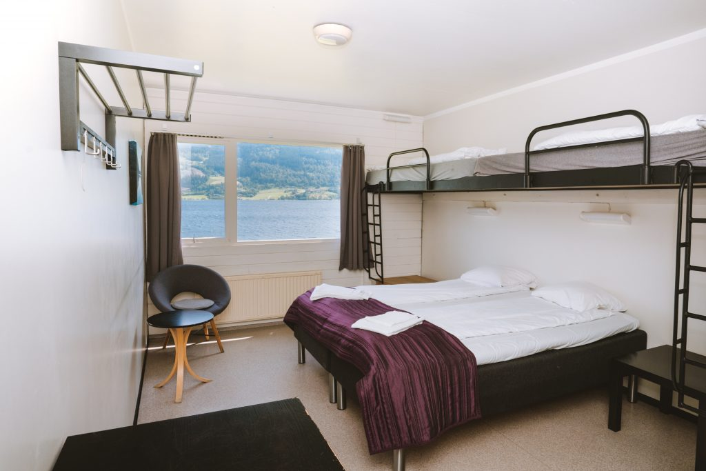 hostel voss lake view room